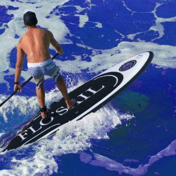 """SUP (StandUp Paddle) OPEN DAY. A Rimini Flo'sail presenta il SUP Multitasking, la tavola """"Made in Italy"""" che diventa kayak e windsup adatta anche ai disabili"""