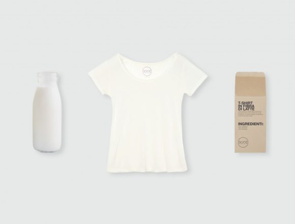 "ZERO WASTE E SOSTENIBILE: LA STARTUP ""GOOD SUSTAINABLE MOOD"" LANCIA IL PREORDER DELLA T-SHIRT AL LATTE"