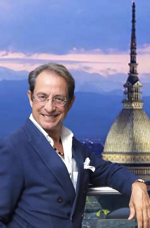 Dai tour 3D ai social media: le cinque mosse per vendere immobili di pregio nell'era post-Covid19 suggerite da Enrico Marchese Iezza (fondatore Arcase Group e tra le top100 personalità più influenti di Torino)