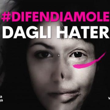 Valentina Pitzalis denuncia i suoi hater in tutta Italia: appello alle procure contro l'odio online