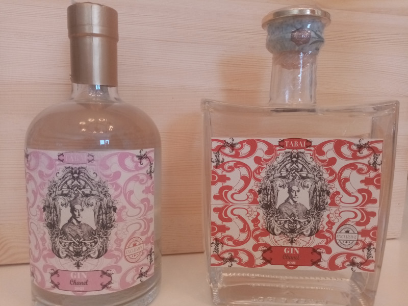 """Il Gin preferito dagli inglesi, Gin Tabai, esce in """"Edizione Chanel"""""""